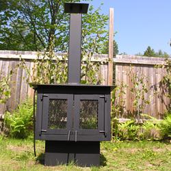 Foyer ext rieur en acier id al pour la terrasse for Pare etincelle pour foyer exterieur